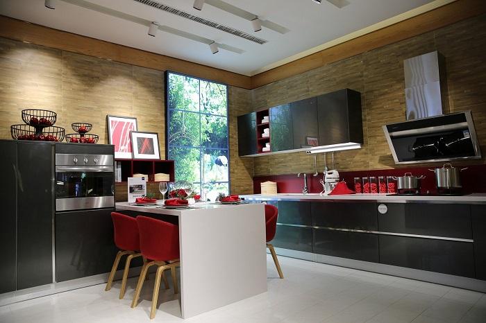 Dizajn kuchyne ovplyvnia aj stoličky